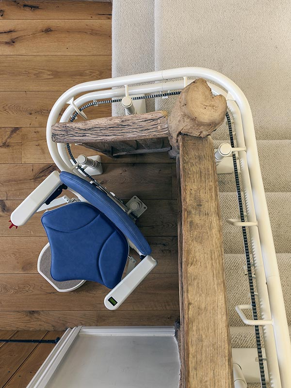 Platinum Curved Stairlift - Sykes Stairlift