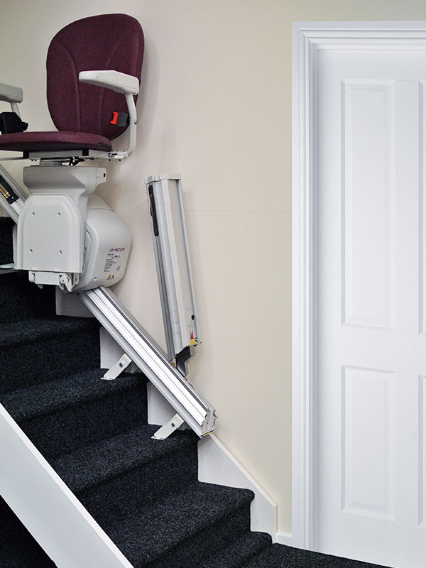 Platinum Simple and Straight Hinge - Sykes Stairlifts